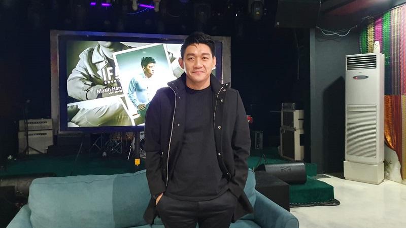 https: img.okeinfo.net content 2019 12 05 33 2138504 ifan-seventeen-ungkap-percakapannya-dengan-mellya-juniarti-sebelum-bercerai-dengan-uas-jBnqEs68Bf.jpg