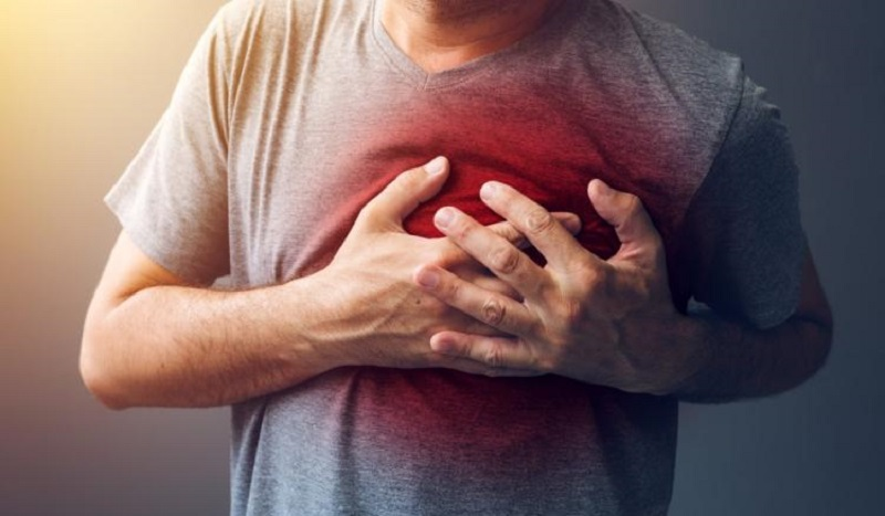 diabetes atau stroke lebih banyak menyerang orang-orang usia lanjut.