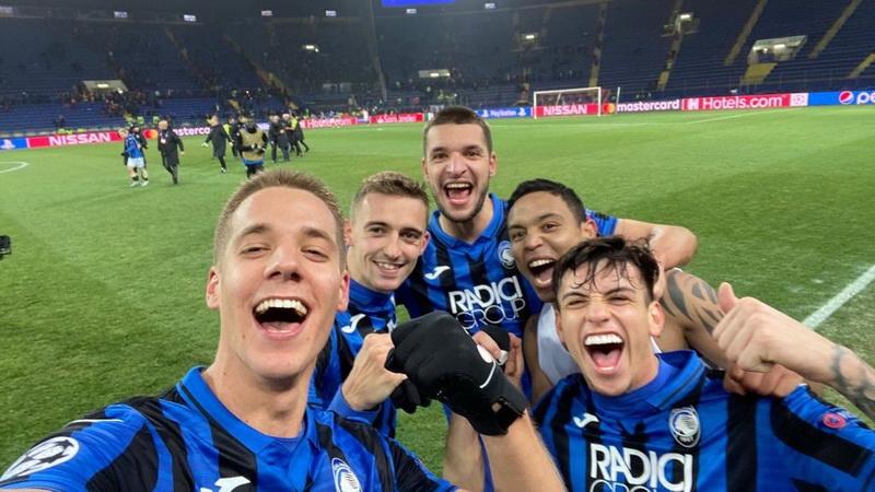 https: img.okeinfo.net content 2019 12 12 261 2141073 atalanta-lolos-ke-16-besar-liga-champions-2019-2020-buffon-bahagia-Se40ajPM5y.jpg
