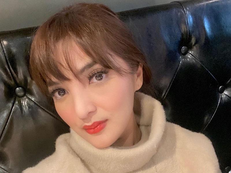 https: img.okeinfo.net content 2019 12 13 194 2141435 potret-penampilan-ashanty-yang-stylish-dengan-gaya-rambut-baru-9Xl1CzpmZa.jpg