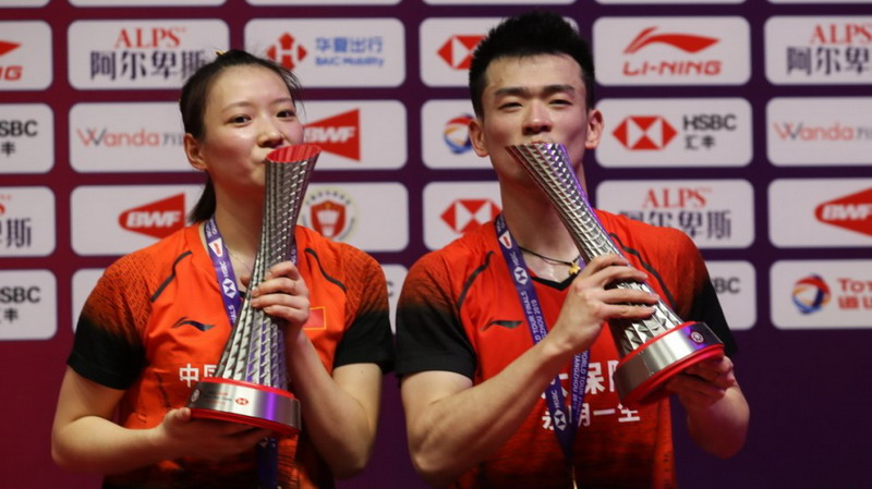 https: img.okeinfo.net content 2019 12 16 40 2142468 segel-gelar-juara-bwf-world-tour-finals-2019-zheng-huang-ini-luar-biasa-nuIZggxvyd.jpg