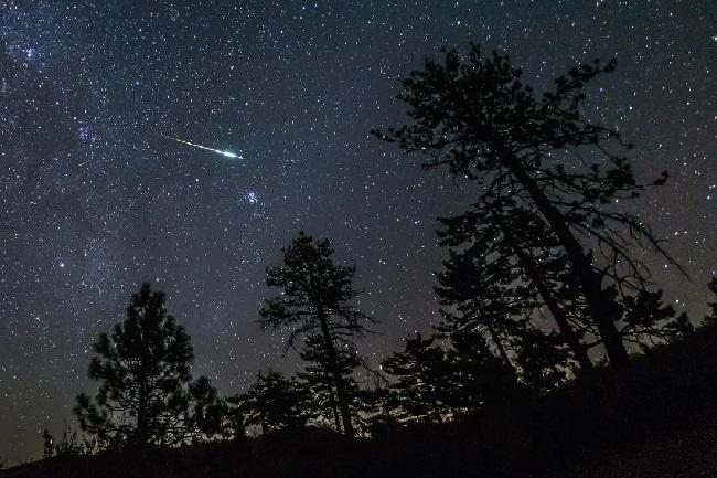 https: img.okeinfo.net content 2019 12 17 207 2142926 kaleidoskop-2019-regulasi-imei-hujan-meteor-hingga-ponsel-kamera-108mp-hG08vgYjpd.jpg