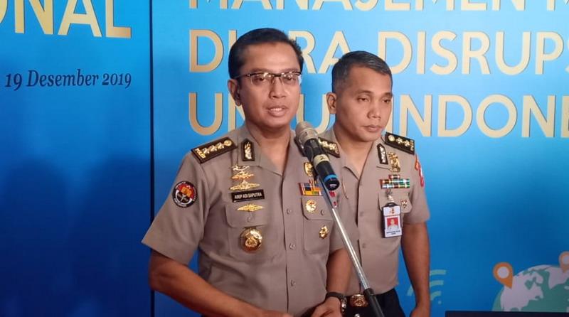 https: img.okeinfo.net content 2019 12 19 337 2143859 8-terduga-teroris-ditangkap-di-papua-polri-tak-temukan-indikasi-aksi-teror-7B0vK1O992.jpg