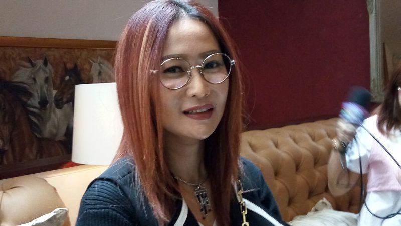 https: img.okeinfo.net content 2019 12 22 33 2144815 ikuti-jejak-anggun-inul-daratista-jadi-juri-di-televisi-malaysia-5hxnfflRkl.JPG