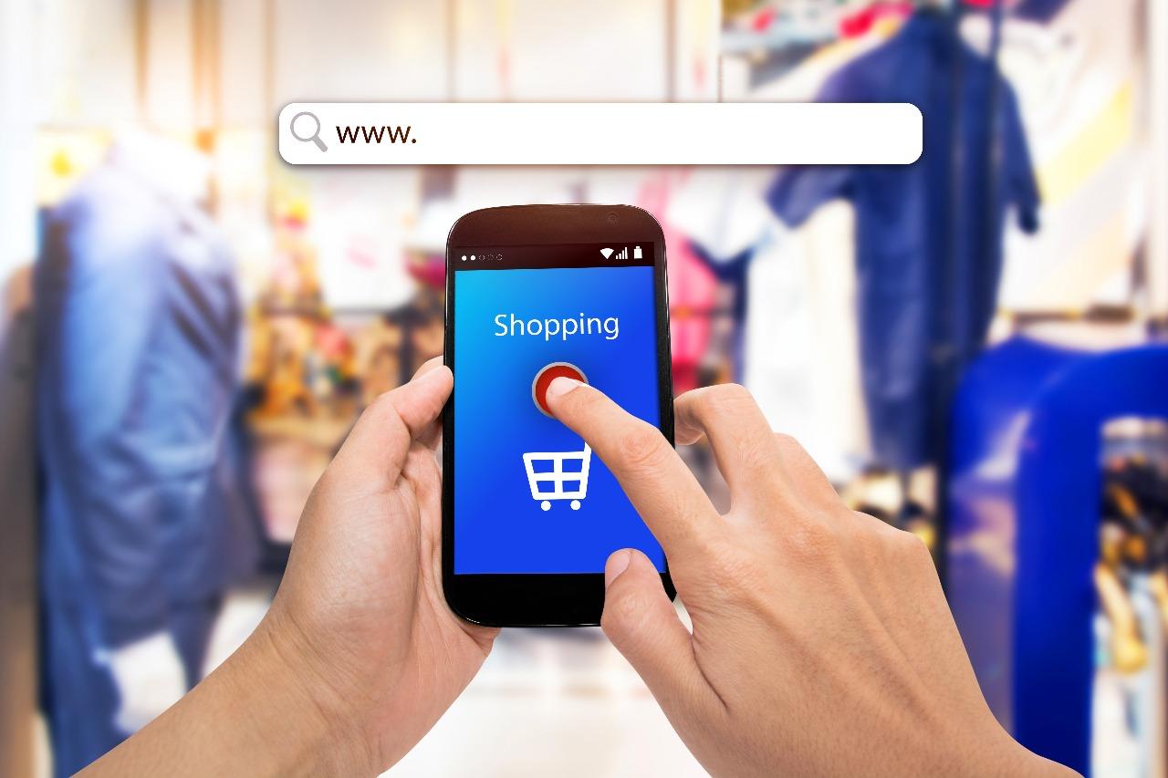 https: img.okeinfo.net content 2019 12 25 320 2145937 pajak-impor-barang-kiriman-e-commerce-rp45-000-ini-faktanya-bM6ZgBDPWg.jpg