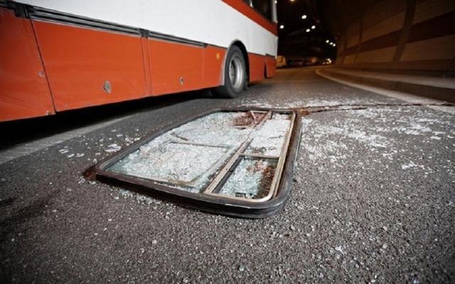 https: img.okeinfo.net content 2019 12 27 337 2146467 bus-sriwijaya-masuk-jurang-35-korban-hingga-tidak-punya-trayek-ke-palembang-ZgZeTTBGgI.jpg
