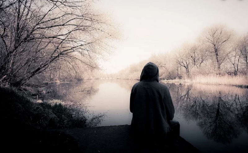 https: img.okeinfo.net content 2019 12 30 614 2147442 4-cara-mengatasi-kesepian-saat-menjadi-mualaf-V61QtoerGc.jpg