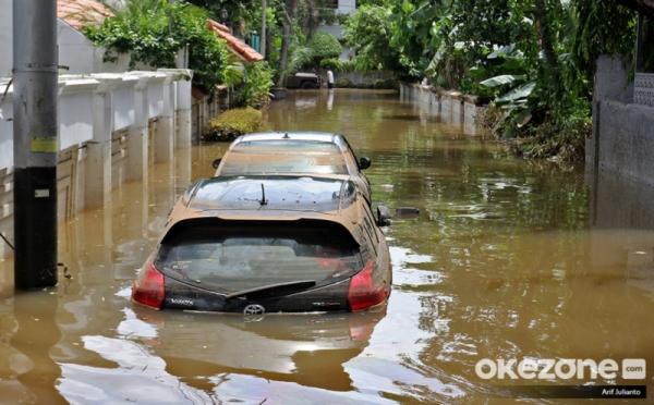 https: img.okeinfo.net content 2020 01 03 338 2148938 bmkg-sebut-pendeknya-siklus-hujan-ekstrem-akibat-perubahan-iklim-YAl8UoduYg.jpg
