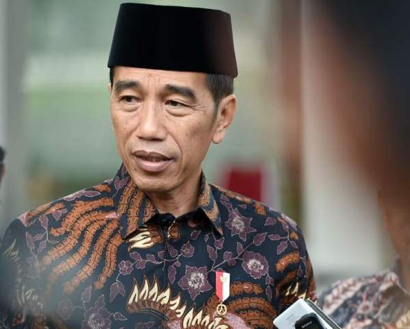 https: img.okeinfo.net content 2020 01 12 337 2151908 jokowi-ucapkan-duka-cita-atas-wafatnya-sultan-qaboos-bIqpAfVIzv.jpg