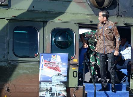 https: img.okeinfo.net content 2020 01 12 337 2151972 presiden-jokowi-tinjau-helikopter-caracal-di-lanud-halim-perdanakusuma-NnvEDTVSdm.JPG