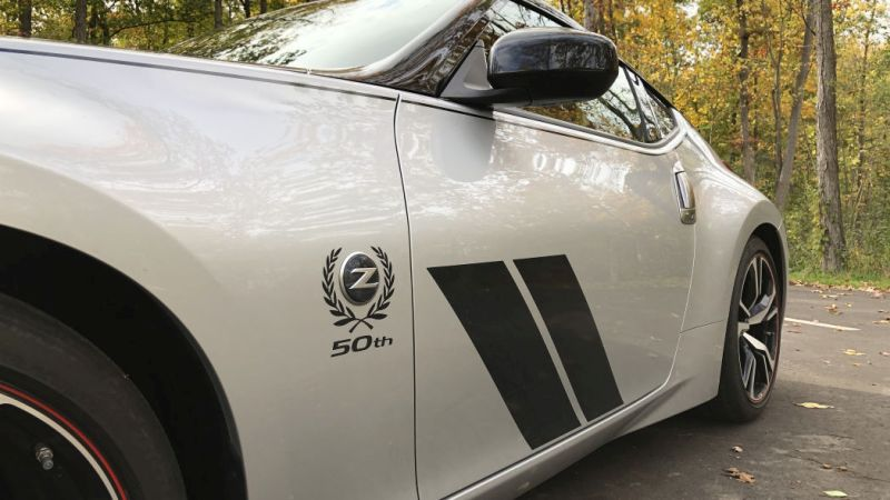 https: img.okeinfo.net content 2020 01 17 52 2154576 kembangkan-sportscar-terbaru-nissan-buka-kemungkinan-pasang-transmisi-manual-1s8NHMjIOm.jpg