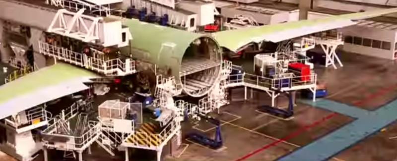 https: img.okeinfo.net content 2020 01 21 312 2156126 besar-peluang-penggunaan-komposit-dalam-pembuatan-pesawat-S3r6di8poc.jpg