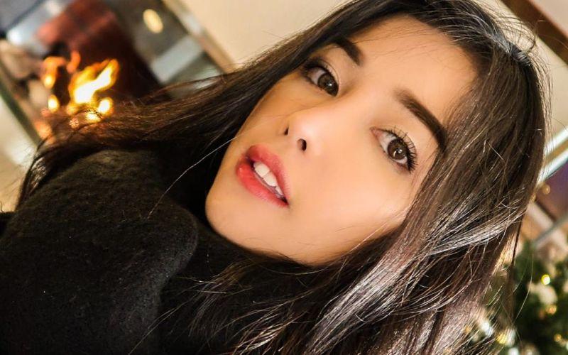 https: img.okeinfo.net content 2020 01 21 611 2156257 pramugari-siwi-sidi-bongkar-rahasia-cantik-dengan-makeup-natural-mwUvQolqwS.jpg