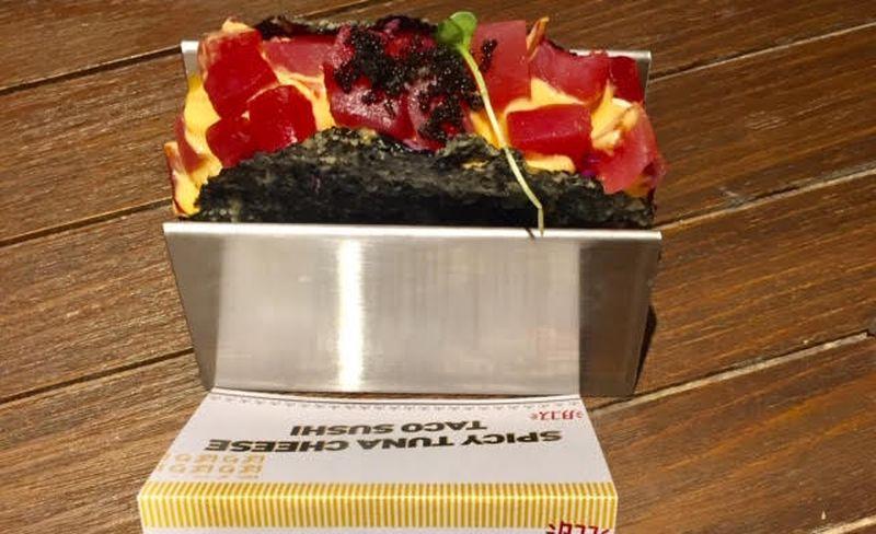 https: img.okeinfo.net content 2020 01 22 298 2156796 trik-bikin-taco-sushi-serenyah-di-restoran-mudah-kok-PKjrKJGMYt.jpg