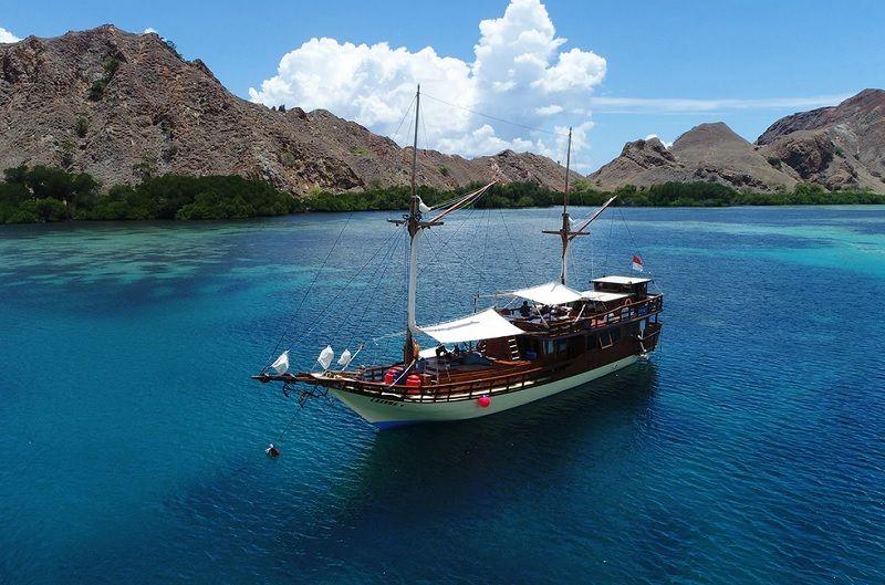 https: img.okeinfo.net content 2020 01 22 340 2156371 labuan-bajo-dijadikan-wisata-premium-keselamatan-wisatawan-diutamakan-r0B8RXOEEW.jpg