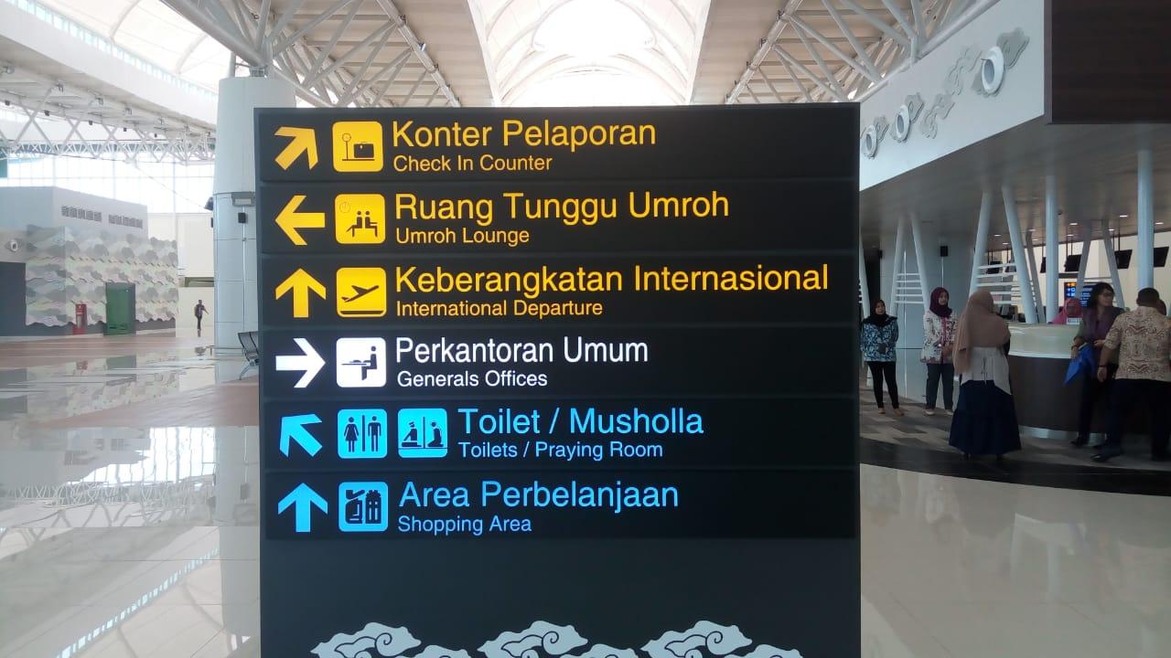 https: img.okeinfo.net content 2020 01 24 320 2157962 kunjungi-bandara-internasional-yogyakarta-wapres-modern-dengan-kental-nuansa-jawa-zpHZE7JIc7.jpeg