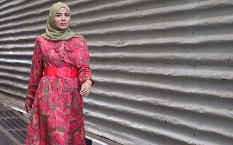 https: img.okeinfo.net content 2020 01 24 617 2157947 3-gaya-hijab-pink-ala-meisya-siregar-yang-bikin-kamu-makin-cantik-6x6umT8LhA.jpg