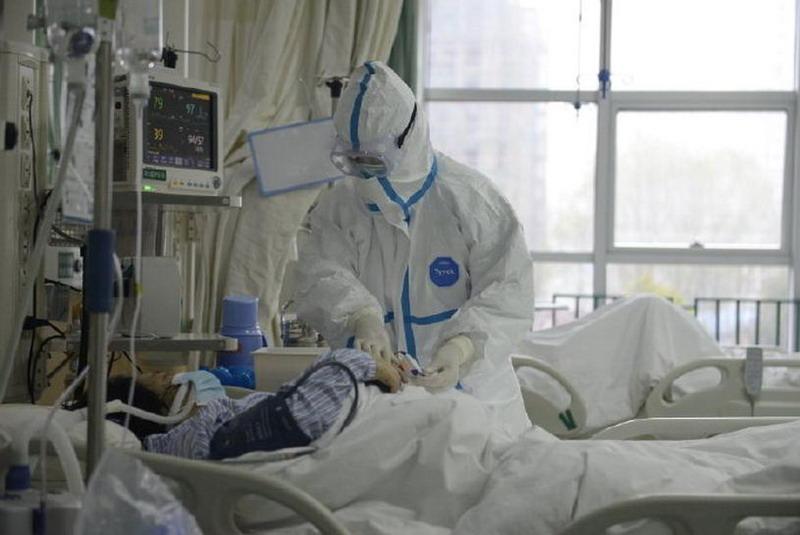 https: img.okeinfo.net content 2020 01 25 18 2158217 seorang-dokter-di-china-meninggal-saat-tangani-virus-korona-4cwRNjxGjx.jpg