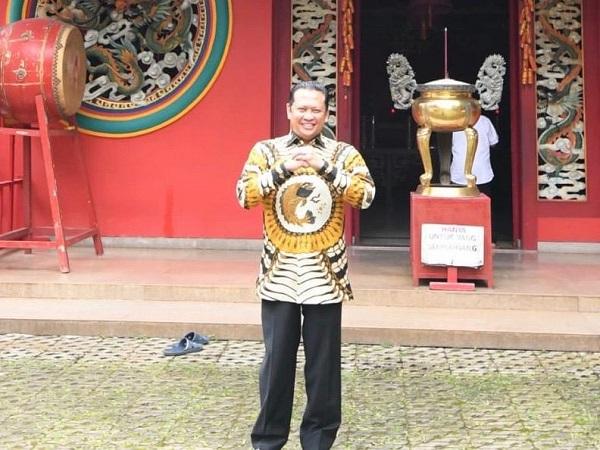 https: img.okeinfo.net content 2020 01 25 337 2158332 selamat-tahun-baru-imlek-2020-bamsoet-indonesia-kuat-karena-keragaman-dan-persatuan-bILnlFEOgT.jpg
