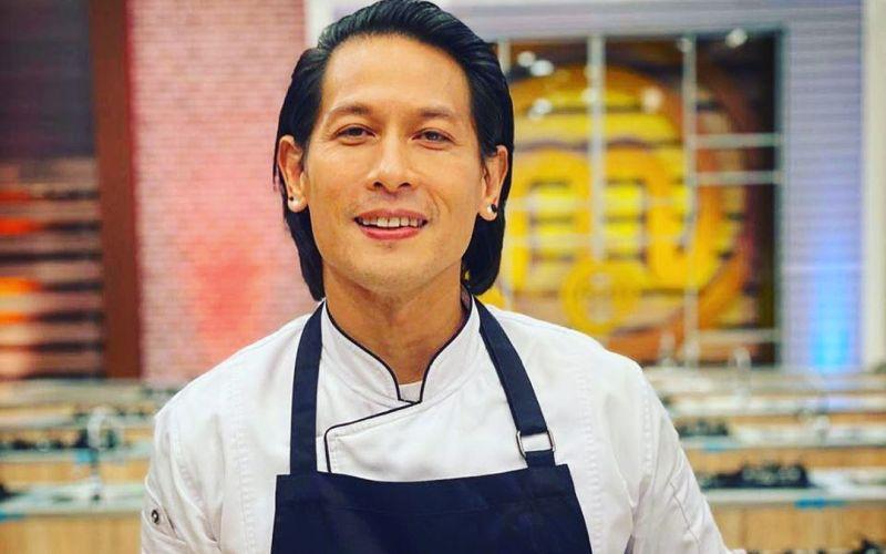 https: img.okeinfo.net content 2020 01 29 298 2160178 orang-indonesia-doyan-makanan-jepang-chef-juna-jajal-berbisnis-ramen-OpueFVWLt3.jpg