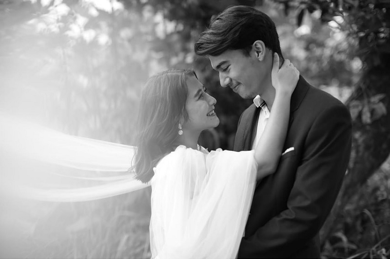 https: img.okeinfo.net content 2020 02 07 33 2164699 mesra-dengan-jeff-smith-prilly-latuconsina-umumkan-tanggal-pernikahan-UqFUrXvRbK.jpg