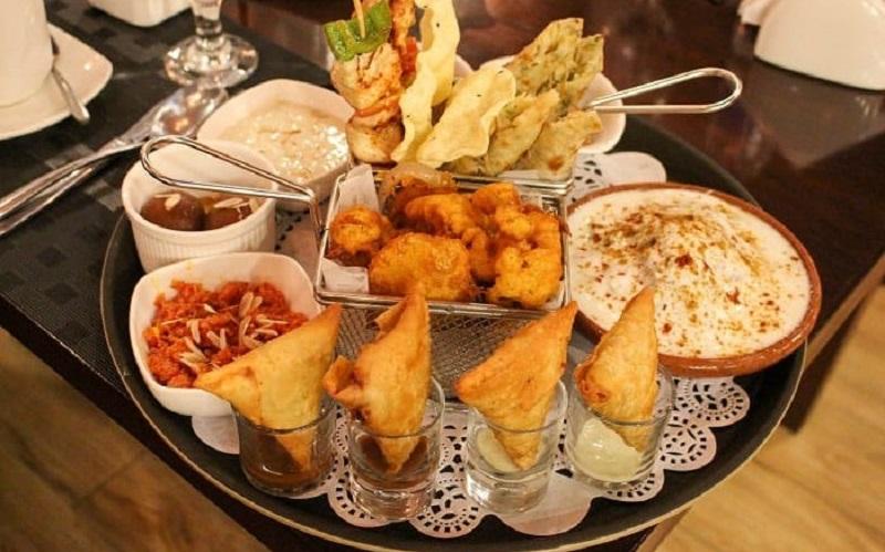 https: img.okeinfo.net content 2020 02 07 615 2164820 ini-4-makanan-halal-khas-pakistan-yang-patut-kamu-coba-ryJEzc1fMM.jpg