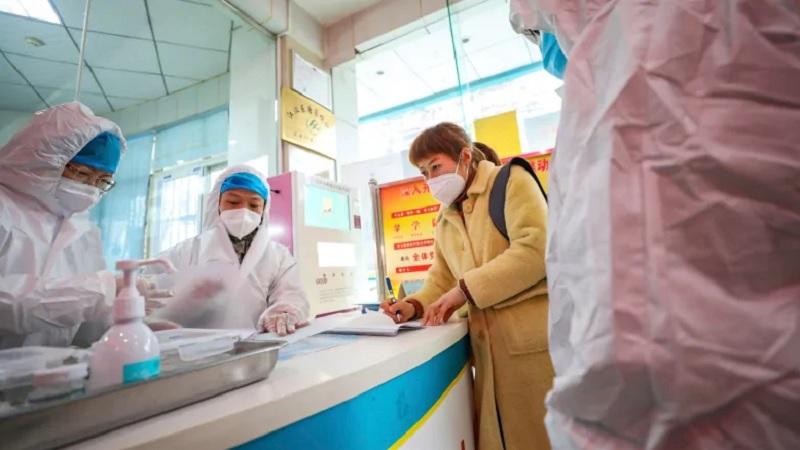 https: img.okeinfo.net content 2020 02 10 481 2166155 waspada-pasien-virus-korona-singapura-banyak-tertular-di-rumah-sakit-9PE6ewf0bz.jpg