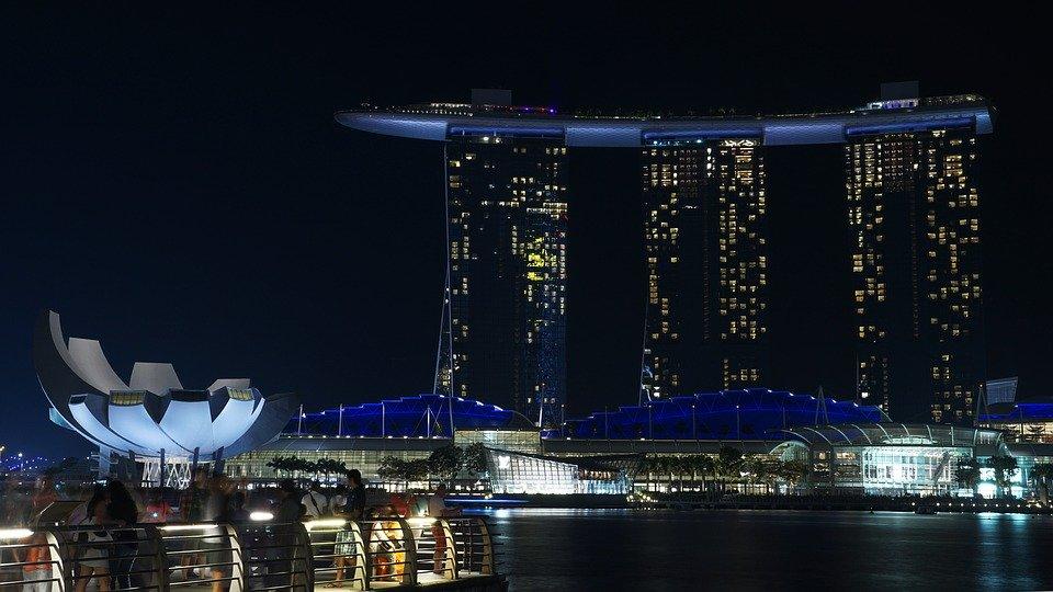 https: img.okeinfo.net content 2020 02 11 406 2166969 aman-berkunjung-ke-singapura-traveler-diajak-cegah-virus-korona-mWYT0jLqCY.jpg