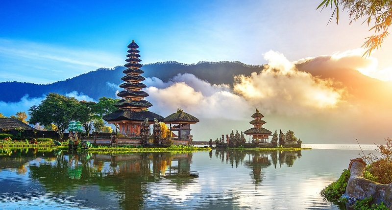 https: img.okeinfo.net content 2020 02 13 406 2168152 reddoorz-penuhi-resolusi-awal-tahun-jelajahi-empat-negara-di-asia-tenggara-melalui-program-redzolusi-k0wXIYePpR.jpg