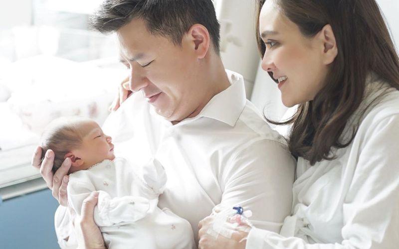 https: img.okeinfo.net content 2020 02 14 196 2168256 family-goals-pertama-shandy-aulia-di-hari-valentine-QD0l7kGkw7.jpg