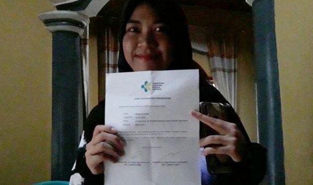 https: img.okeinfo.net content 2020 02 18 338 2170432 cerita-mahasiswi-indonesia-hanya-makan-sayur-demi-bertahan-hidup-selama-terisolir-di-wuhan-JT8Y6dy5bO.JPG