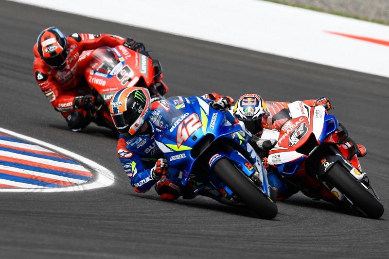 https: img.okeinfo.net content 2020 02 18 38 2170366 suzuki-impikan-gelar-juara-motogp-brivio-itu-sangat-sulit-9z3GAIMxfm.jpg
