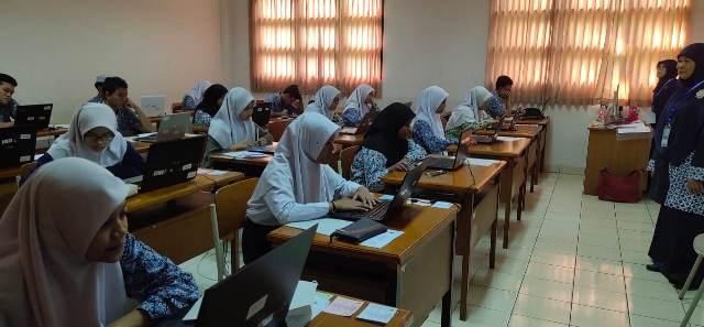 https: img.okeinfo.net content 2020 02 22 65 2172491 15-019-siswa-ikuti-seleksi-masuk-madrasah-aliah-negeri-5jE22XCzkm.jpg