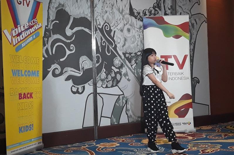 https: img.okeinfo.net content 2020 02 23 598 2172906 animo-peserta-audisi-the-voice-kids-indonesia-4-di-kota-yogyakarta-luar-biasa-JOVftaeVV1.jpg
