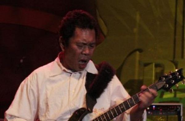 https: img.okeinfo.net content 2020 02 28 33 2175383 oding-nasution-mantan-gitaris-god-bless-meninggal-dunia-3tYDIY0Kvq.jpg