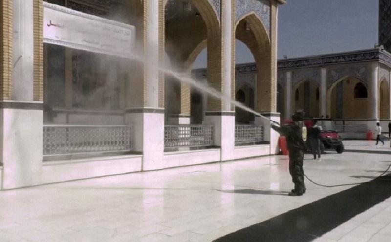 https: img.okeinfo.net content 2020 03 10 615 2181052 covid-19-masjid-masjid-di-timur-tengah-disiram-disinfektan-salat-jamaah-dibatalkan-PKunRIwdsF.jpg