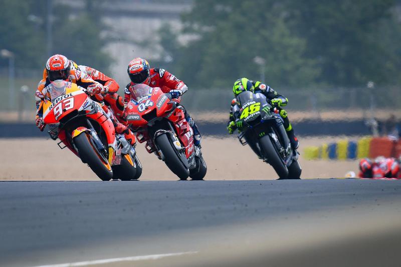 https: img.okeinfo.net content 2020 03 26 38 2189236 daftar-pembalap-yang-ikut-balapan-virtual-motogp-ada-marquez-hingga-quartararo-cMhm6ck7S7.jpg