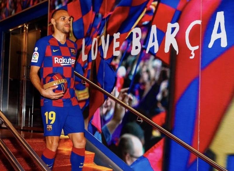 https: img.okeinfo.net content 2020 03 26 46 2189469 braithwaite-temukan-hal-positif-dari-ditundanya-laga-liga-spanyol-YsBM7WY8PF.jpg