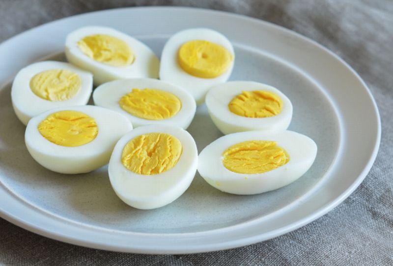https: img.okeinfo.net content 2020 03 27 481 2189665 suka-sarapan-telur-rebus-sebelum-wfh-apa-sih-manfaatnya-IWGdCHYx6Q.jpg