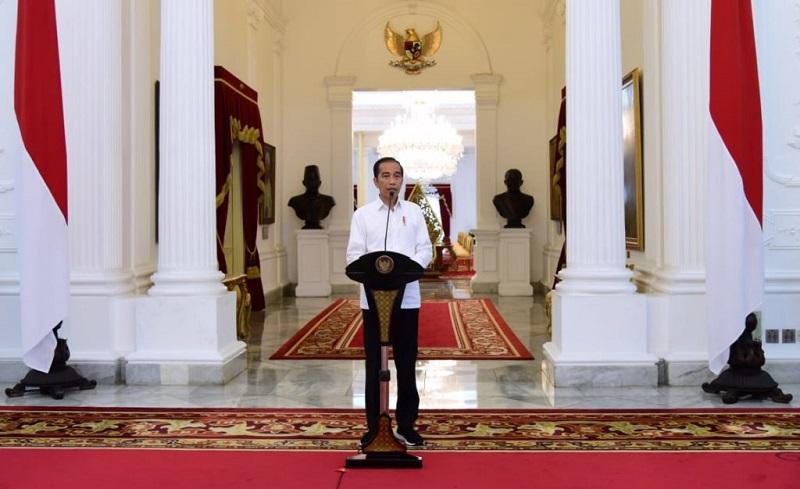 https: img.okeinfo.net content 2020 03 30 320 2191204 presiden-jokowi-indonesia-butuh-3-juta-apd-hingga-akhir-mei-vDcnNwb5Jv.jpg