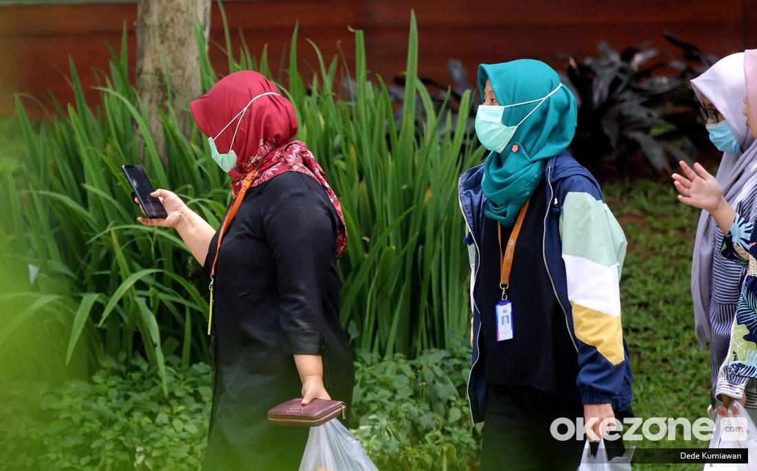 https: img.okeinfo.net content 2020 03 30 337 2191072 pandemi-corona-ini-hak-dan-kewajiban-masyarakat-saat-karantina-wilayah-E3BeNEt3wx.jpg