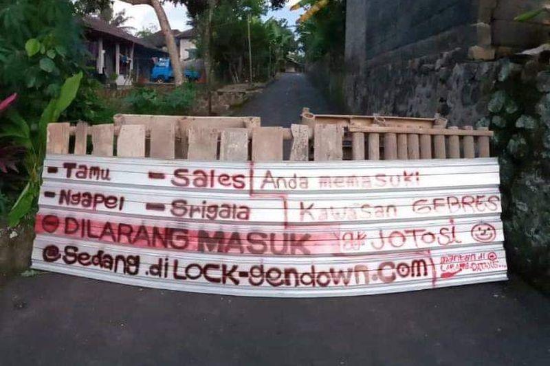 Contoh Baliho Naik Haji - desain spanduk kreatif