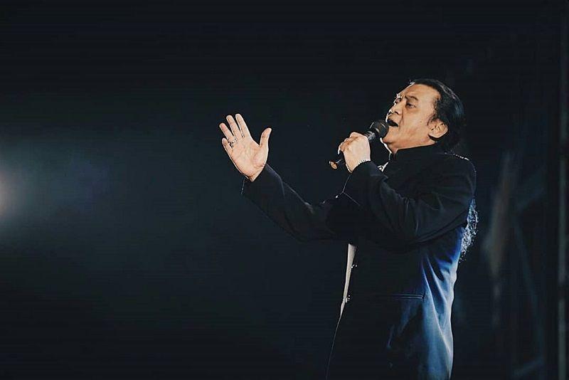 https: img.okeinfo.net content 2020 05 05 33 2209342 didi-kempot-meninggal-wali-kota-solo-indonesia-kehilangan-sang-maestro-campursari-dAoSnU70aN.jpg