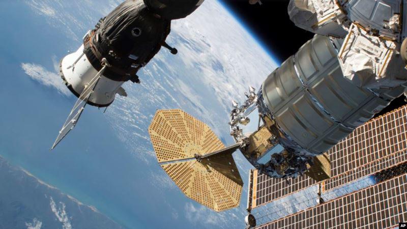 https: img.okeinfo.net content 2020 05 12 56 2212935 stasiun-luar-angkasa-lepas-pesawat-kargo-cygnus-zfRr1PUAbO.jpg
