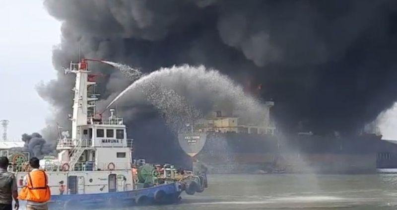 https: img.okeinfo.net content 2020 05 13 608 2213356 12-orang-diperiksa-terkait-kebakaran-kapal-tanker-di-belawan-Sz7czLLowR.jpg