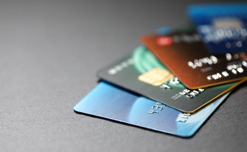https: img.okeinfo.net content 2020 05 22 320 2218184 usai-lebaran-apakah-sebaiknya-kartu-kredit-ditutup-ini-saran-pakar-keuangan-XKwEnUc6bb.jpg