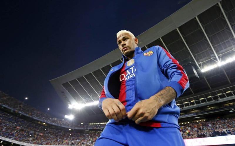 https: img.okeinfo.net content 2020 05 23 51 2218573 setien-ingin-latih-neymar-di-barcelona-Wv0AccqN0D.jpg
