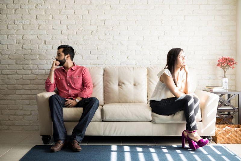 https: img.okeinfo.net content 2020 05 23 612 2218637 pasangan-surut-dalam-hubungan-wajar-jadi-tak-perlu-menyerah-leo-xKcUnCrqgZ.jpg