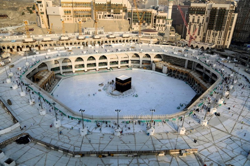https: img.okeinfo.net content 2020 05 24 18 2218863 arab-saudi-gelar-shalat-ied-tanpa-jamaah-di-dua-masjid-suci-aAMhsIUCiC.jpg
