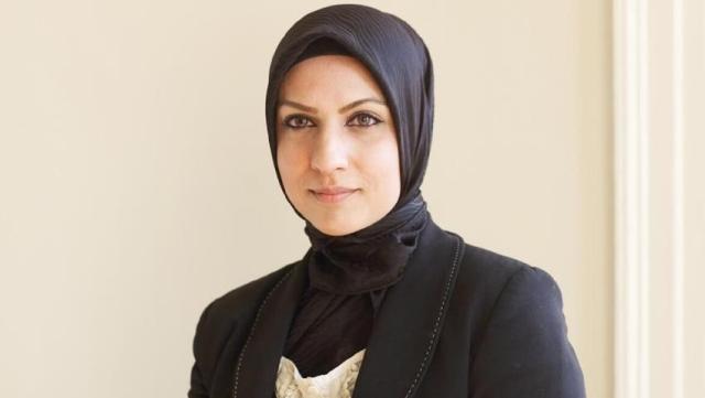 https: img.okeinfo.net content 2020 05 27 18 2220321 raffia-arshad-hakim-pertama-di-inggris-yang-mengenakan-hijab-PLHH9clyCm.jpg